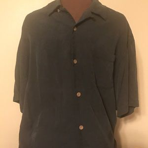 Gorgeous Men's Black Tommy Bahama Shirt